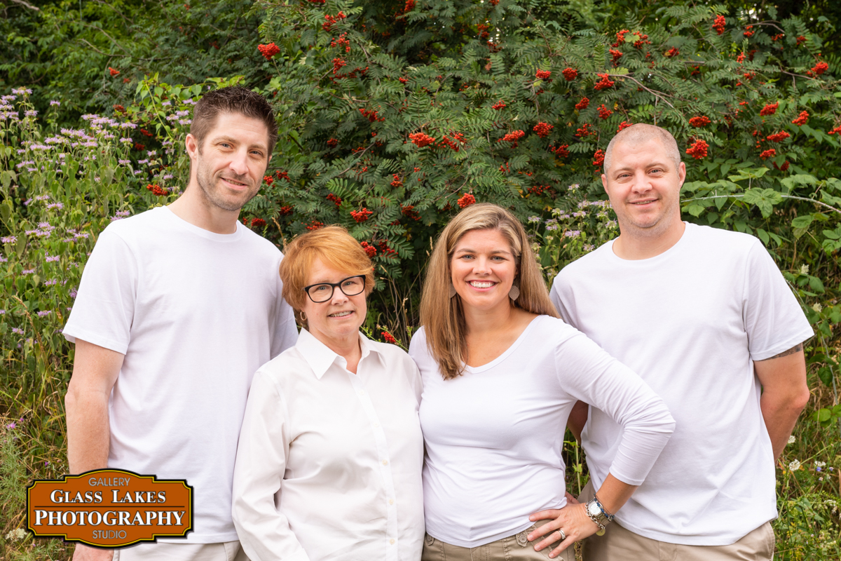 Lippert-Family-109-by-Joe-Clark-glasslakesphotography.com_